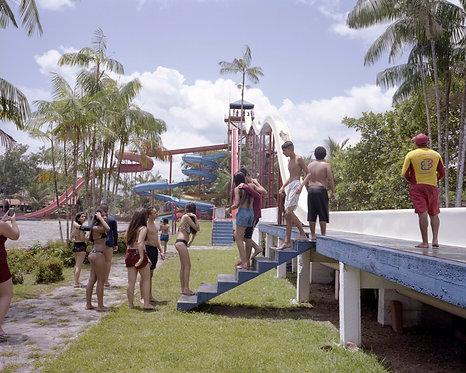 Coletivo Amapoa - Um dia no parque aquático