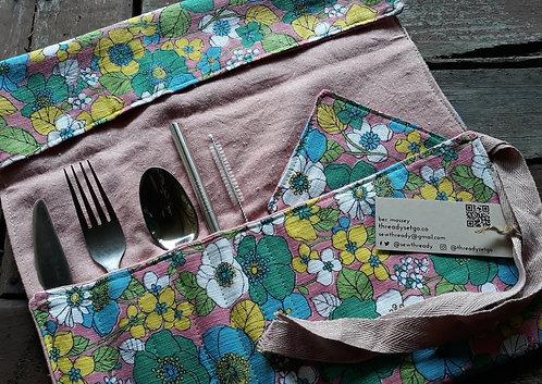 Colour Me Vintage Picnic Wrap