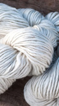 Icelandic wool 100% natural WHITE