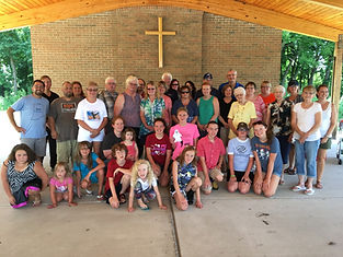 church fam picnic.jpg