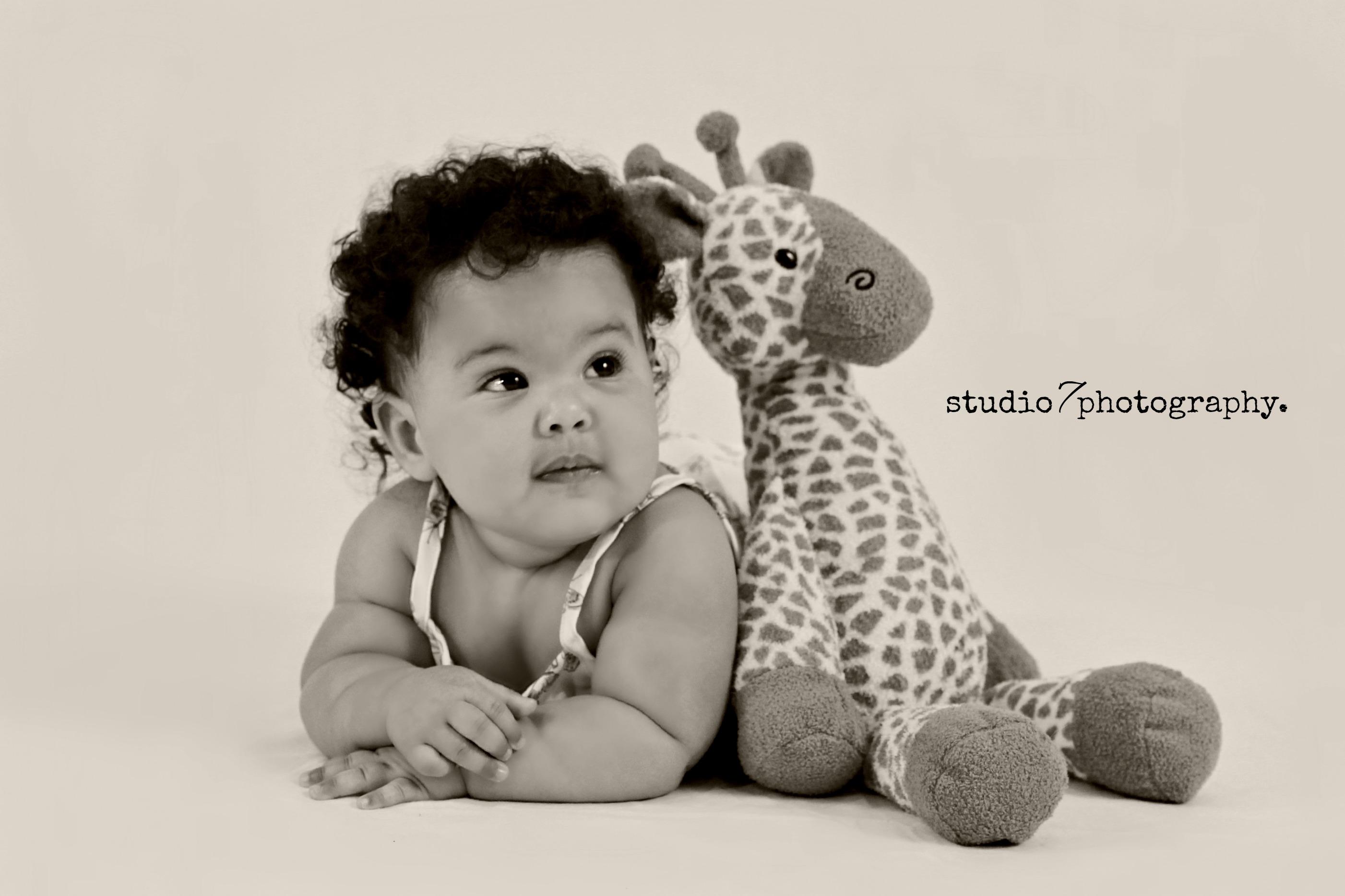 baby Mia 492bw.jpg