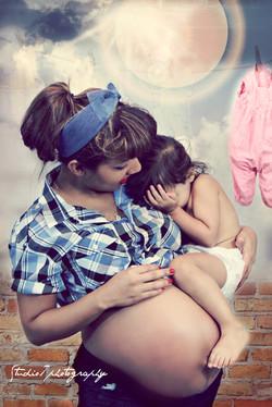 Eladia pregnancy shoot 452.jpg