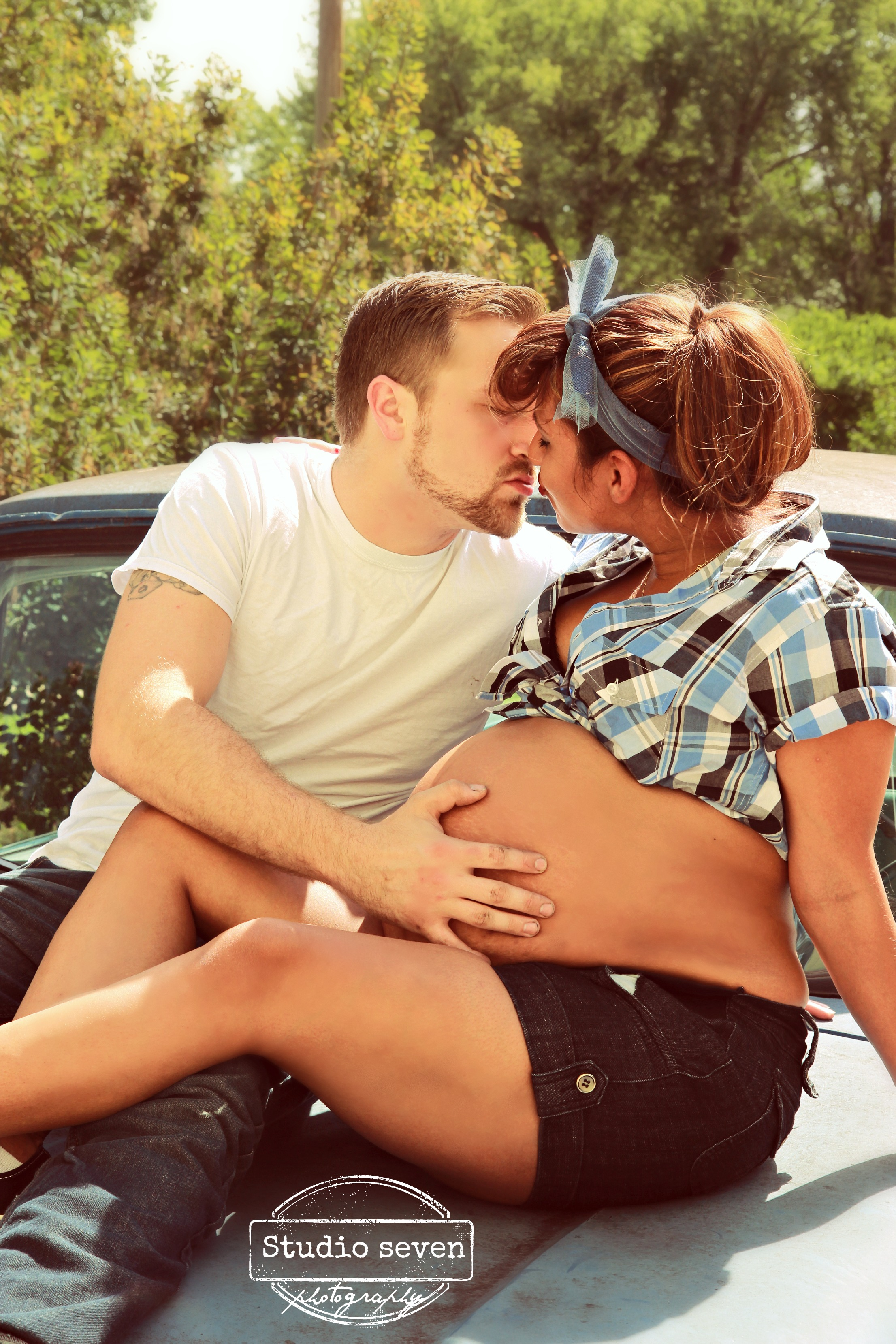 Eladia pregnancy shoot 235.jpg