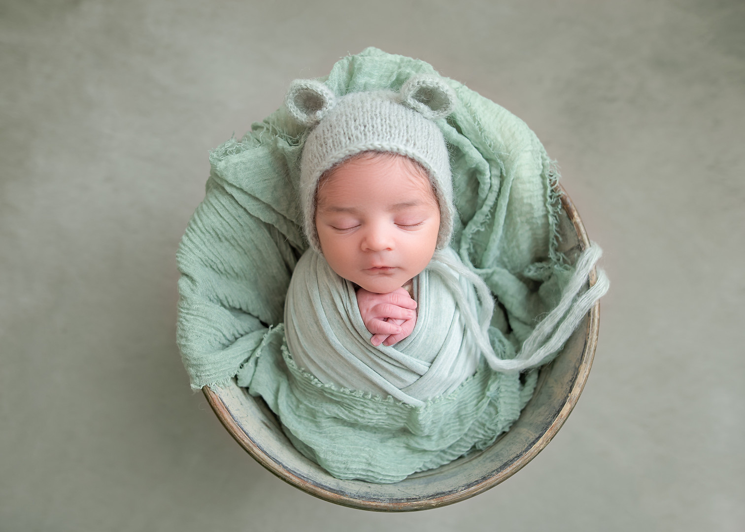 New_England_Newborn_Photographer-8.jpg