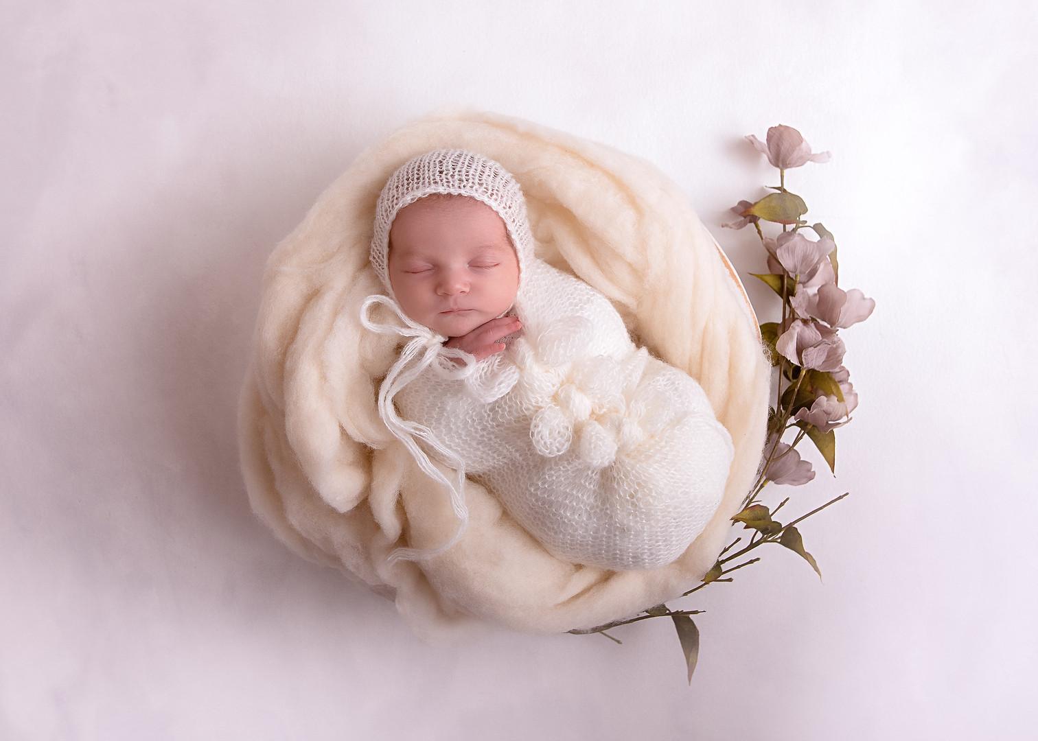 Cecily Newborn-8.jpg