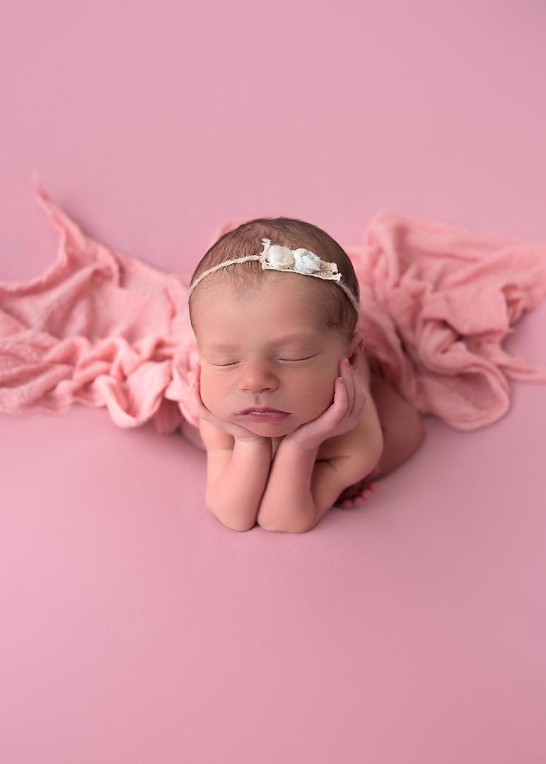 Newborn_Photographer_Falmouth_Maine-36.j