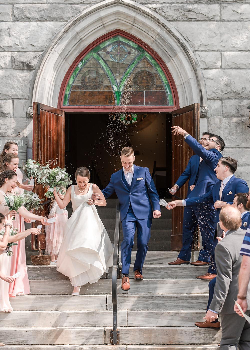 Dorset, Vermont wedding photography and birdseed toss