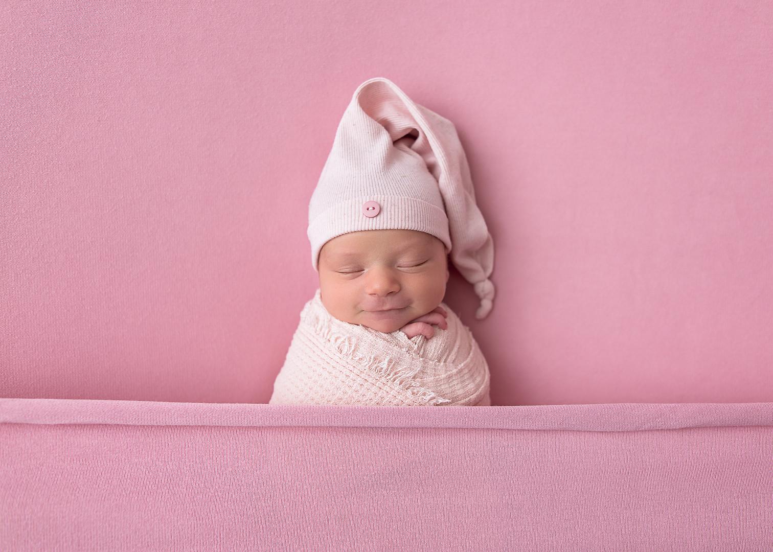 Newborn_Photographer_Falmouth_Maine-27.j