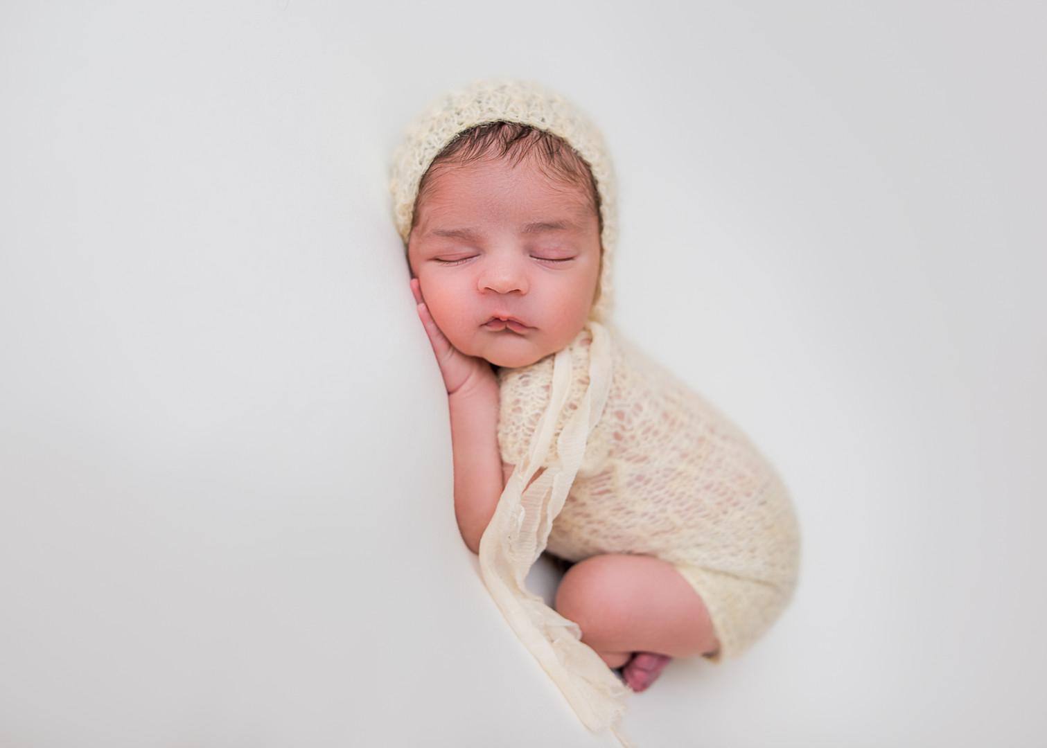 New_England_Newborn_Photographer-21.jpg