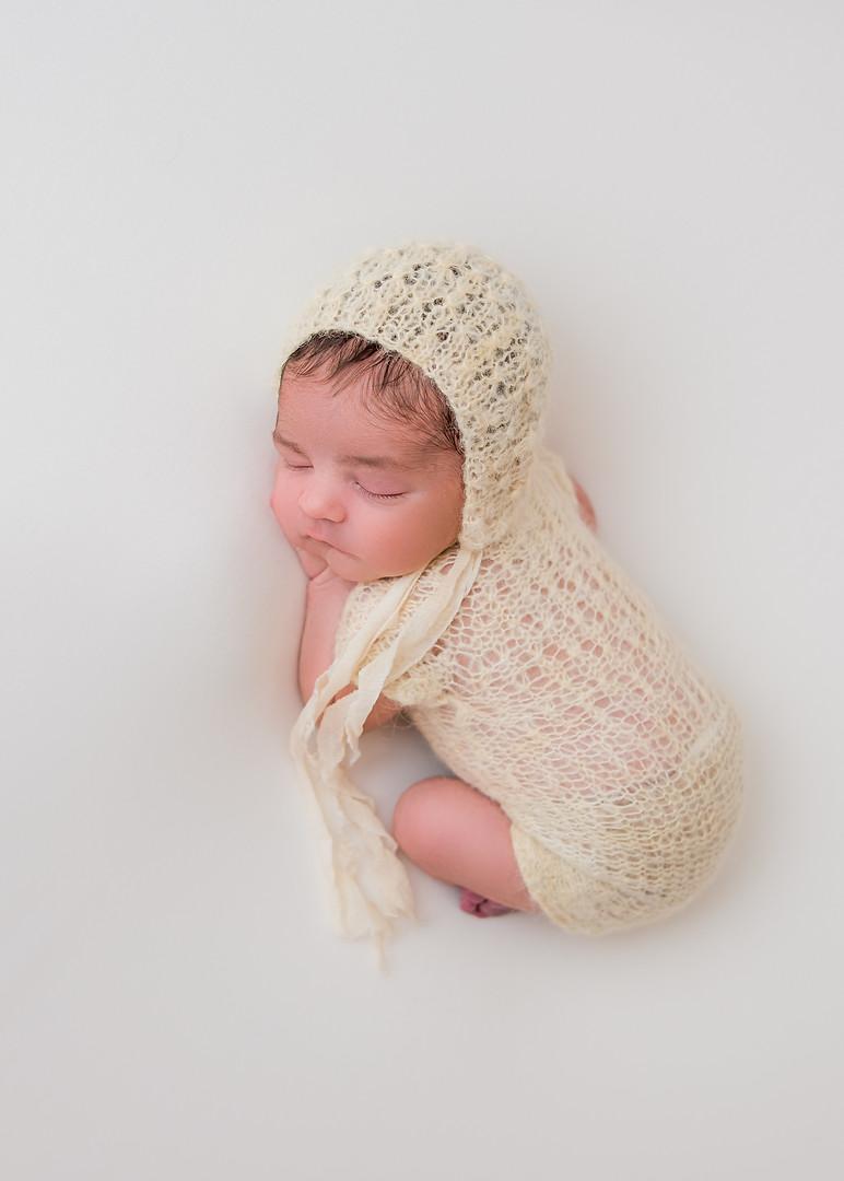 New_England_Newborn_Photographer-22.jpg