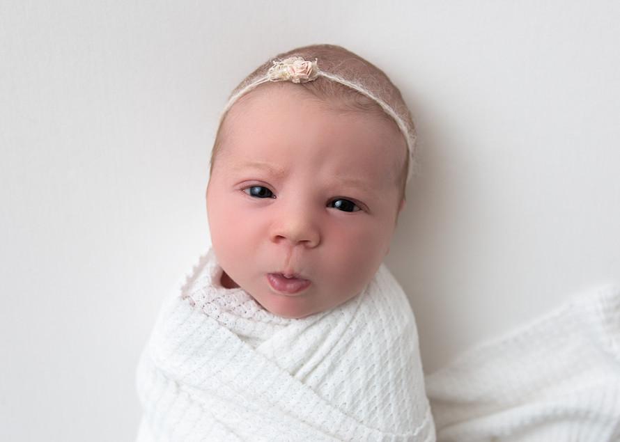 Newborn_Photography_Studio_Maine-29.jpg
