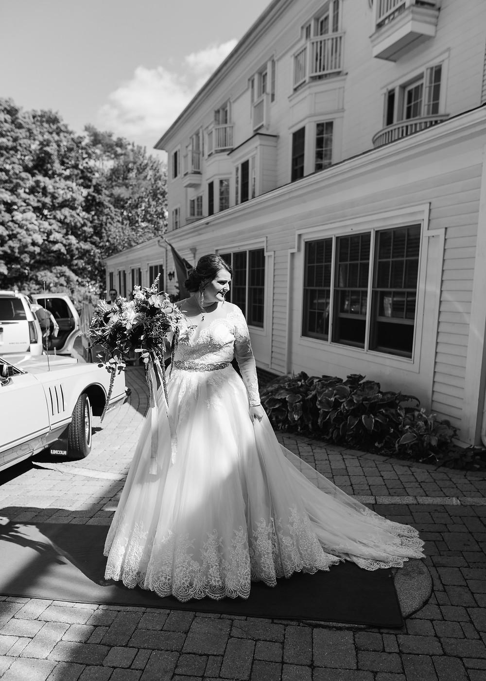 Daniel Boon in during Brunswick, Maine wedding photography