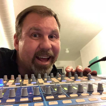Meet the DJ: Taylor Fox