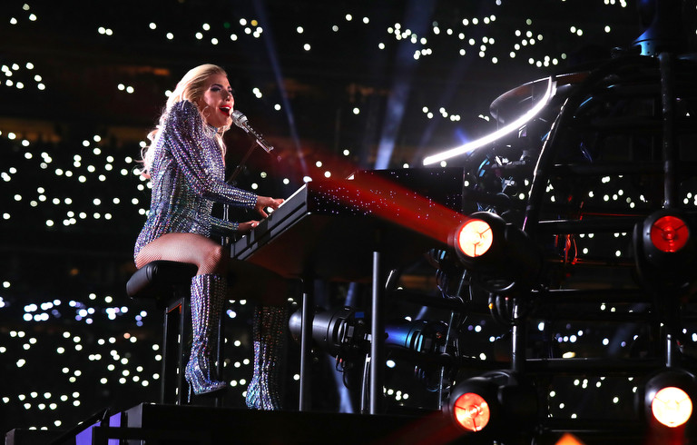 Lady Gaga spread a spirit of equality through the music selection at the Super Bowl 2017 - Sound Identity, music blog, sound branding, sound design, audio marketing