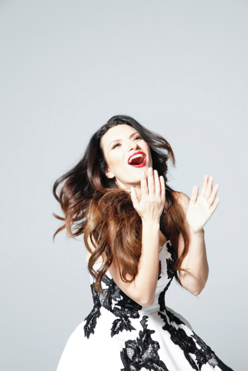 Laura Pausini styled by Nicolò Cerioni Stylist creative duo SUGARKANE - the music stylist - sound identity blog