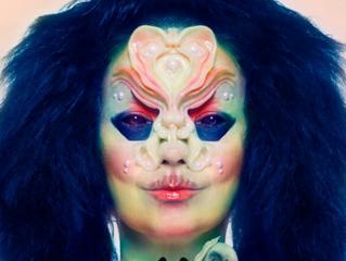 Björk porta l'industria musicale nella tecnologia con le monete virtuali
