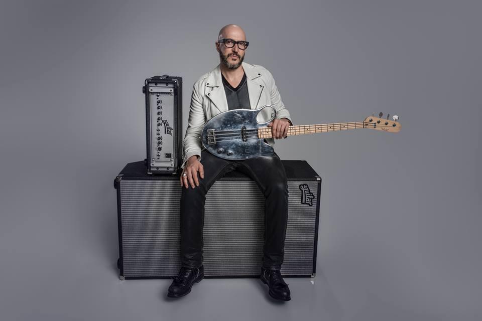 Sound Identity intervista Saturnino, il camaleonte surfista - assista, compositore e produttore - sound branding, sound design, musica, basso, jingle, marketing - music blog