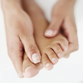 Peripheral Neropathy Delray Beach | Siegel Chiropractic & Wellness treats Peripheral Neuropathy in Boynton Beach, Peripheral Neuropathy in Boca Raton & Peripheal Neuropathy in Wellington. This is a new FDA-cleared treatment. Stop suffering from pain!