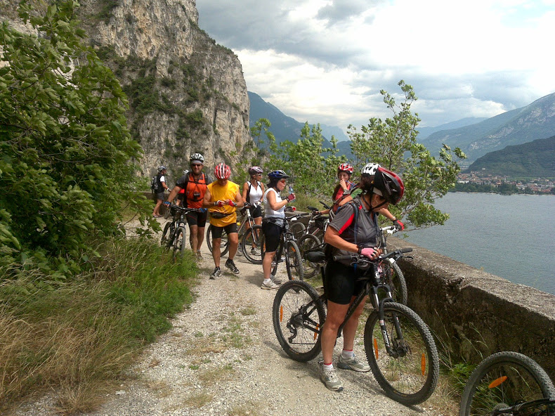 ITALY CYCLING GARDA MOUNTAIN BIKE