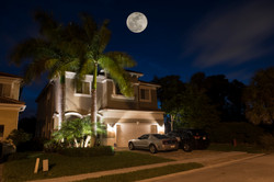 front house full moon