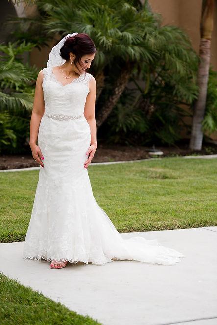 Bride solo pic