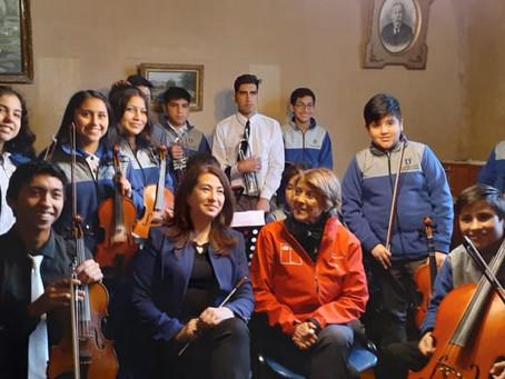 Orquesta Escolar de Traiguen se luce ante la visita Ministra de Cultura y las Artes