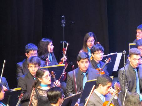 Alumnos de Orquesta Juvenil Municipal Claudio Arrau  se presentan con Orquesta Regional Bío Bío
