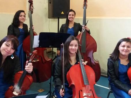 Artístas de Traiguen obtienen beca regional de la Fundación de Orquestas Juveniles de Chile.