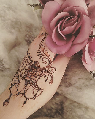 natural floral henna tattoo