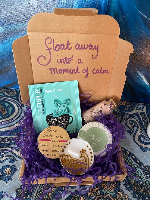 Float Away into a Moment of Calm | Luxury Pamper Pack