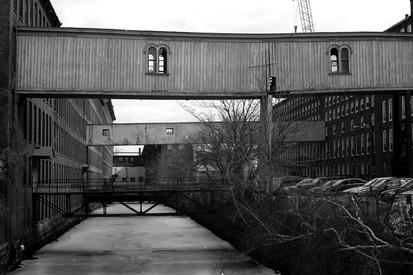 oldbridge2.jpg