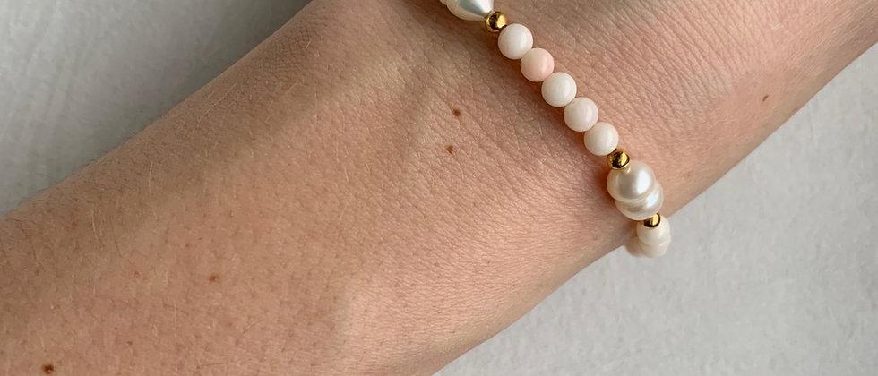 Freshwater Pearl Bracelet in Blushing