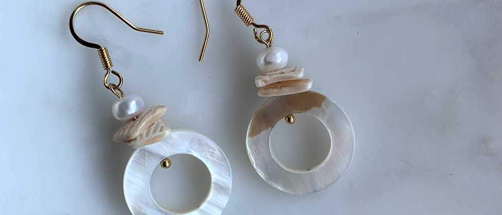 Mother of Pearl Eternity Earring