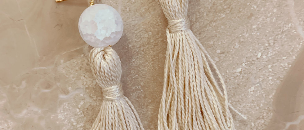 Quartz & Cotton Tassel