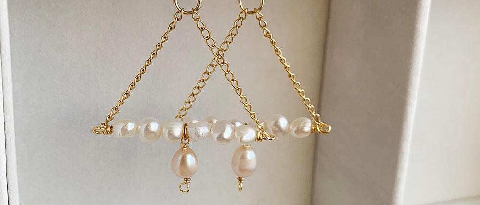 14k Freshwater Pearl Triangle Earrings