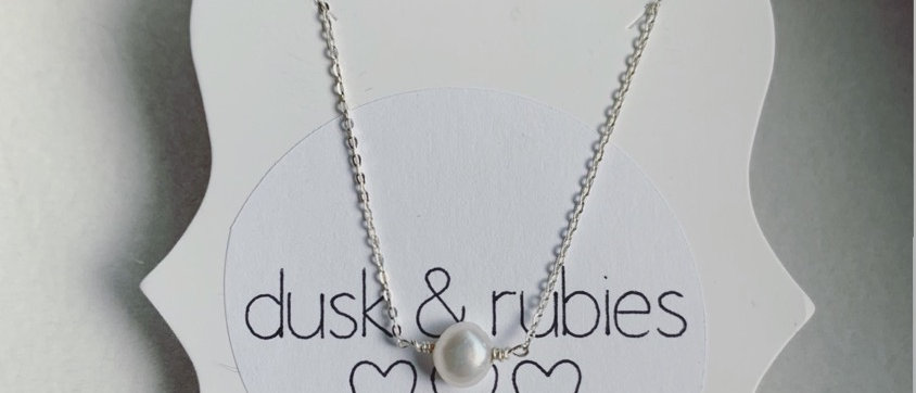 Solitaire Sterling Silver Freshwater Pearl Necklace