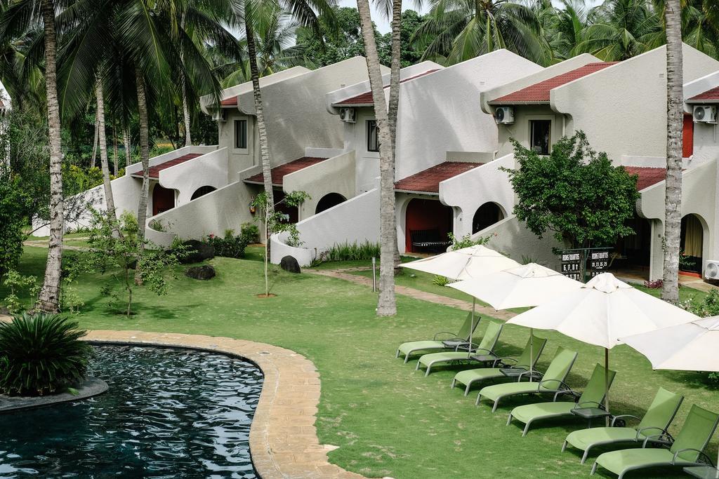 Omali Lodge - Satawa Destination