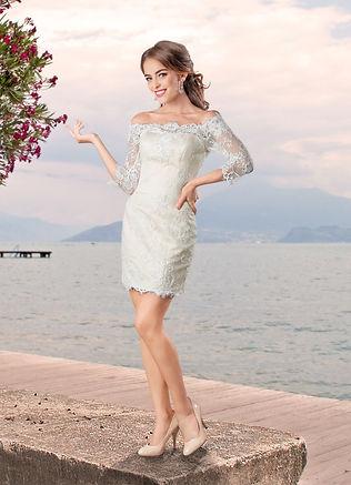 Свадебное платье силуэта русалка. Платье - трансформер: юбка пристегивается к мини-платью на молнию, благодаря чему короткое платье можно будет носить на другие мероприятия. Кордовое французское кружево, благородный атлас, чашки push-up, корсетная шнуровка