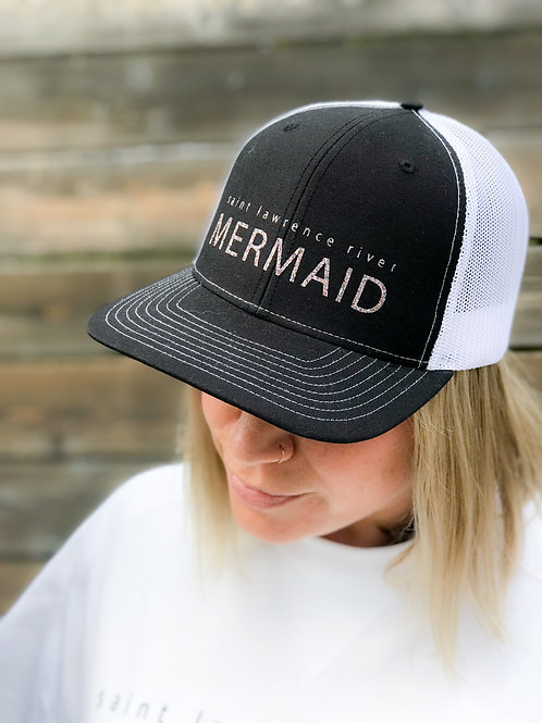 Mermaid Collection Mesh Back Hat: Black and White
