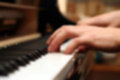 iStock_PianoMedium.jpg