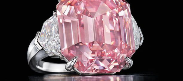 Pink diamond sells for world record