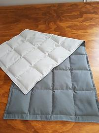 Mini weigted blanket