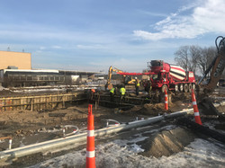 Dewatering area Pouring Double Truck Well with Dock Levelers
