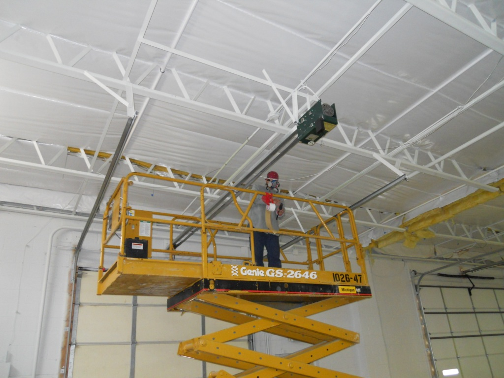Fiberglass ROD Suspension System for Bar Joist Roofs