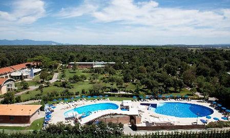 Green-Park-Resort-2-610x366.jpg