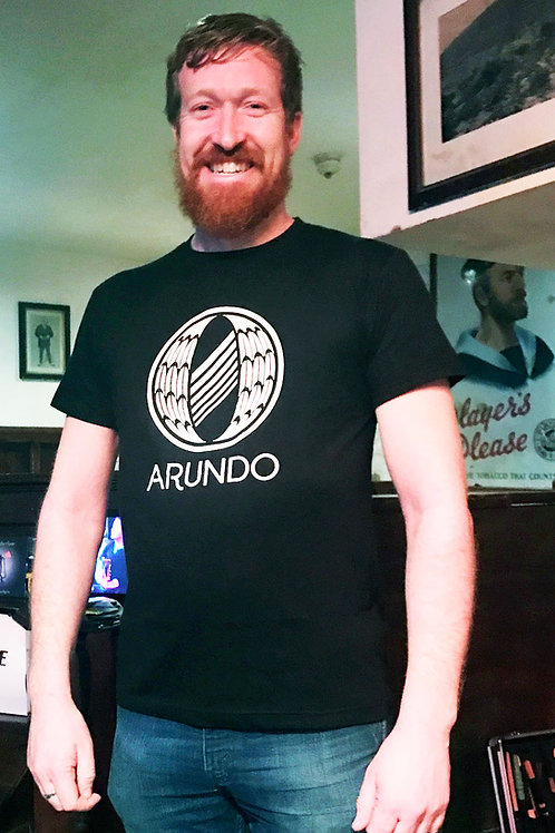 "Arundó ""Traditionally-Irish""  T-Shirts"