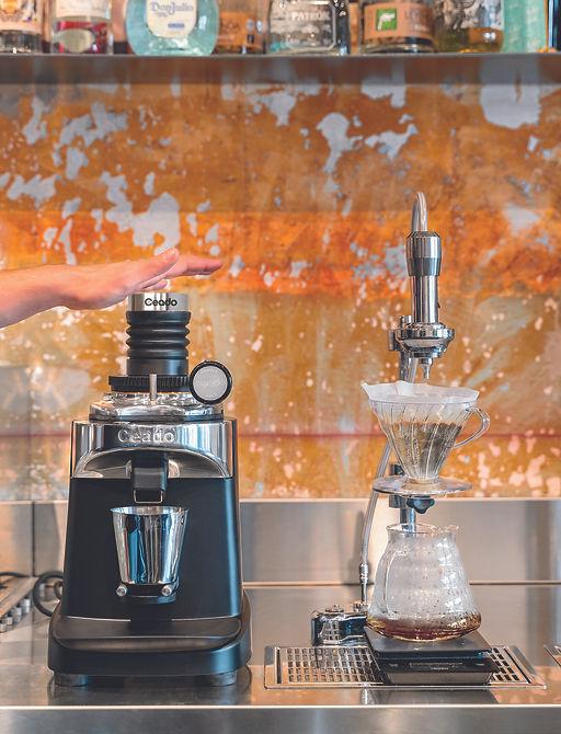ceado_e37sd_singledose_coffee_grinder_am