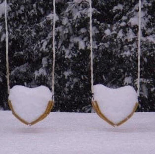 Swinging with love