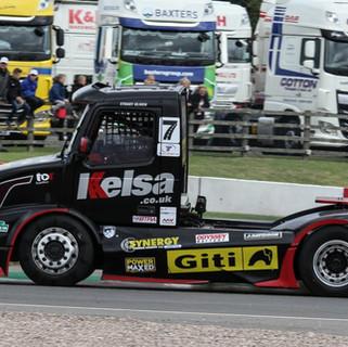 Donington2019_Team-Oliver-Racing (6).JPG