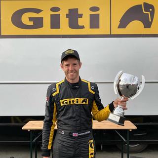 Team Oliver Racing 2020 (15).jpg